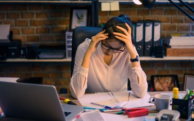 Stressed About Your Finances? 5 Ways HelloGold SmartSaver Eases Your Financial Strain!